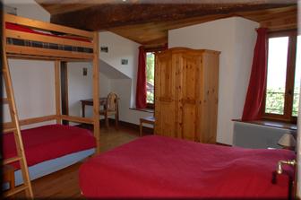 chambre et table d 39 hotes pres d 39 ax les thermes dans les pyr n es en haute ariege. Black Bedroom Furniture Sets. Home Design Ideas